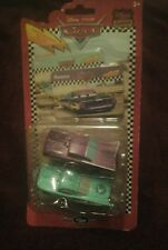 Disney Pixar Cars 2 Pack Flo&Ramone Collectors Cards