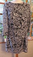 GORGEOUS LAURA ASHLEY BLACK AND WHITE SHEER LINED RAISED PRINT DRESS SIZE 18