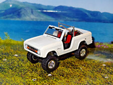 1ST GEN 1966-1977 FORD BRONCO OFF ROAD 4X4 1/64 DIORAMA DIECAST COLLECTIBLE C