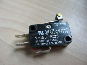 """Omron Micro Limit Switch V-155-1C25 with 1/2"""" Roller Lever 15A 125/250VAC #E66E"""