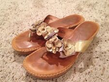 Born Kornelia Gold Leather Sandal Thong Flip Flop Shoe US 8 EU 39 #B93810 Cork