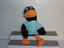 ST06103 COLLECTABLE Daffy Duck Ready For Bed Plush Toy 1994