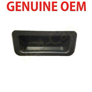 Genuine OEM 812601M500 OUTER BOOT LID SWITCH ASSY KIA CERATO 2010-2013