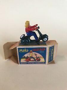 MOKO Lesley matchbox Pop Pop Scooter with box