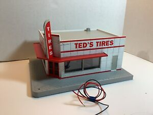 "O SCALE / GAUGE - LIGHTED - M.T.H. ELECTRIC TRAINS ""TED'S TIRES"" BUILDING STORE"