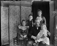 Antique 4x5 Glass Plate Negative Family Portrait (V4392)