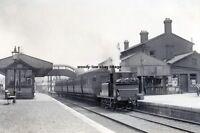 rp14455 - Newport Railway Station , Isle of Wight - photo 6x4