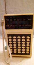 DYN VINTAGE TRANSISTOR RADIO MODEL DS-132  50'S 60'S AM FM SOLID STATE 9 VOLT