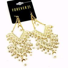 Stile boho oro e bianco perla orecchini a lampadario