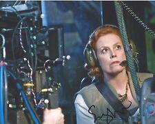 Sigourney Weaver Signed AVATAR 10x8 Photo AFTAL OnlineCOA