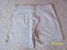 Women's Levis shorts Size 16 zip & button fly BEIGE color 98% cotton 2% spandex