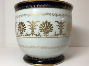 C.S. Goodfriend & Co | Grecian Planter | White Porcelain Cobalt Blue w/ Gold