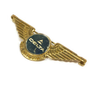"Vintage DELTA Airlines Jr. Captain Gold Toned Badge Brooch Pin 2.25"""