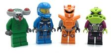 LEGO LOT OF 4 SPACE MINIFIGURES GALAXY SQUAD ALIEN CONQUEST ASTRONAUT FIGS