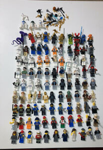 LOT OF 94 LEGO MINI-FIGURES WITH WEAPONS