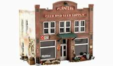 WOODLAND SCENICS PRE-FAB PLANTERS FEED AND SEED SUPPLY HO SCALE BUILDING KIT