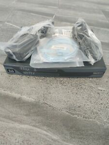 CISCO 881 - C881-K9 - Integrated Services Router With Power Cord & Accessories