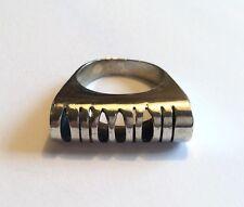 Elegante Anillo de plata esterlina vintage modernista W Cut-Out Diseño