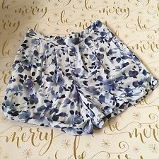 Abercrombie Girls Shorts Size Medium Blue Soft Pleated Floral