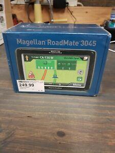 MAGELLAN Roadmate 3045 Car Portable GPS Navigator System LIFETIME TRAFFIC ALERTS