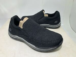 Skechers Mens Relaxed Fit: Expected - Gomel Black Size 9.5/42.5 ( Mint)