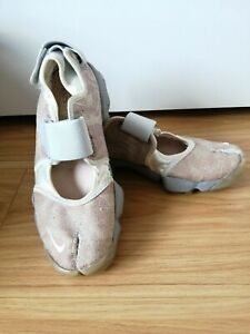 Nike Air Rifts Pink Cream and Grey Split Toe Design Trainers - Size 5.5