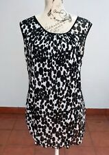 VEDUCCI Black and white Polka Dot Top Size 14
