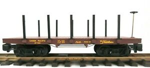 LIONEL 8-87504 UNION PACIFIC FLAT CAR W/ STAKES