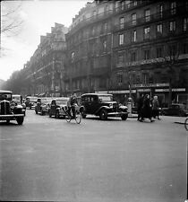 PARIS c. 1950 - Autos Circulation  Rue Tronchet  - Négatif 6 x 6 - N6 P6