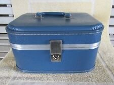 Cute Vintage Smaller Size Travel Cosmetic Case, Train Case, Luggage, Blue