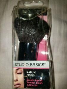 Studio Basics Kabuki Brush