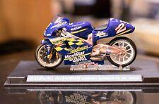 "MOTO SUZUKI RGV500 ""Kenny ROBERTS Jr""  2000 de ALTAYA, escala 1:24"