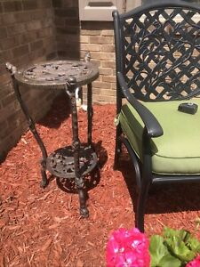 """ANTIQUE VICTORIAN 29"""" TALL CAST IRON SHELF PLANT STAND SIDE TABLE DARK"""