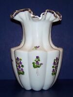 "STUNNING RARE FENTON ART GLASS VIOLETS IN THE SNOW SILVER CREST RIBBED 10"" VASE"