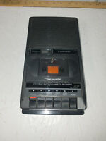 Realistic CTR-73 Radio Shack AC / Battery Portable Cassette Tape Player Recorder