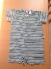 Baby Gap 6-12months Short Sleeve all In One / Babygrow