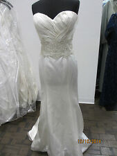 Casablanca Couture B063 bridal dress - Size 14 -Ivory (41s)