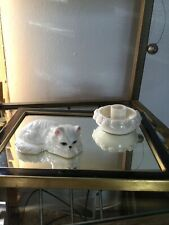Vtg Bone China White Persian W/ Blue Eyes Cat Figurine, Made In Taiwan, EUC