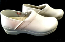 Sanita 38 Clogs Danish Women's Nurse Nursing Shoes White Good Used