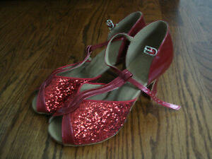 NEW VERY FINE MARY JANE T STRAP  RED & GLITTER DANCE SHOES size 8.5