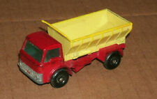 1/64 Scale Ford Grit Spreading Truck Diecast Model 1960's Matchbox Lesney # 70
