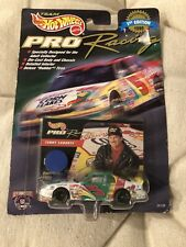 Hot Wheels Pro Racing 1998 Pit Crew Terry Labonte NASCAR Car & Card Unopened Box