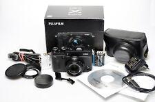 Fujifilm X-30 mit Zubehör