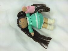 "Cabbage Patch 3 ½"" PVC Girl Yarn Ponytails Holding Pink Doll 1984 GUC"