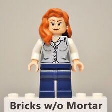 New Genuine LEGO Lois Lane Minifig DC Super Heroes 76009