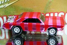 Johnny Lightning Holiday Muscle 2000 1970 Dodge Dart
