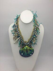 $225 Betsey Johnson Glitter Shell Statement Necklace K1