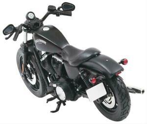 Maisto Harley Davidson 2014 Sportster Iron 883 Diecast Motorcycle 1:12 Black