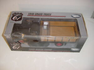 1/16 Highway 61 1946 Chevrolet Grain Truck NIB!