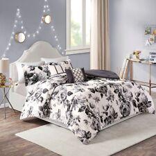 Full/Queen Dorsey Floral Print Comforter Set Micro Fiber,Black White Intelligent